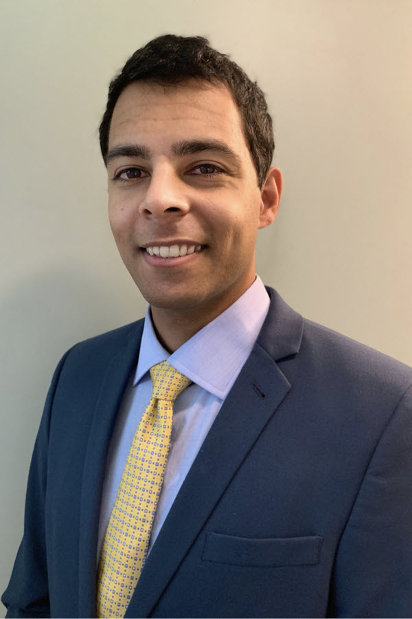 Dr. Mainkar Professional photo